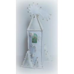 Anioł Świąteczny w domku z Gwiazdą Betlejemską